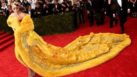 Rihanna-Met-Gala-2015-800x450
