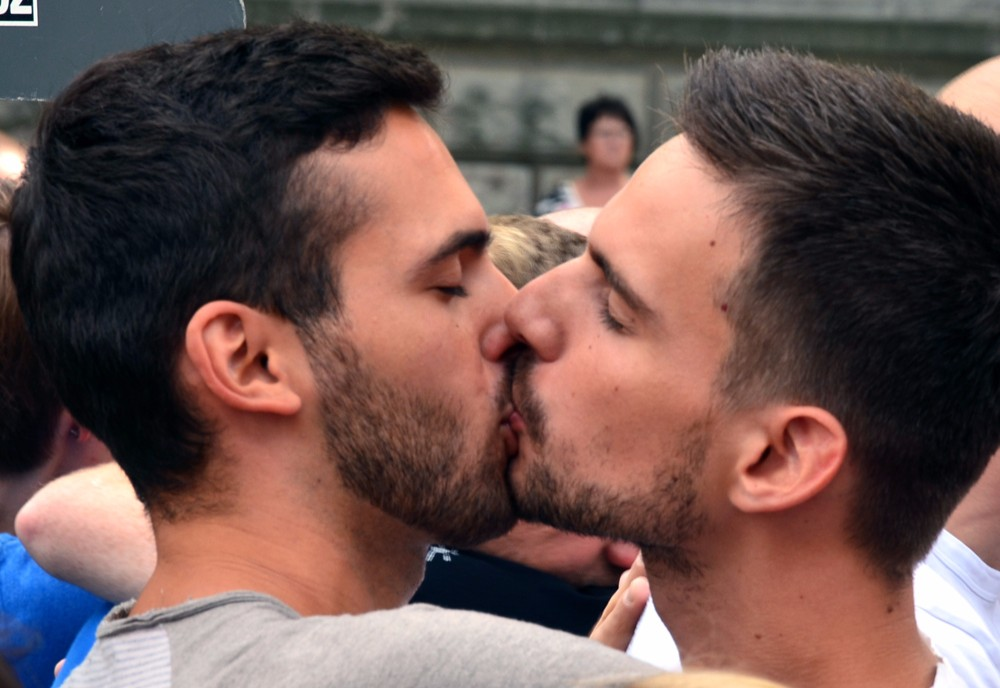Gay Males Making Out