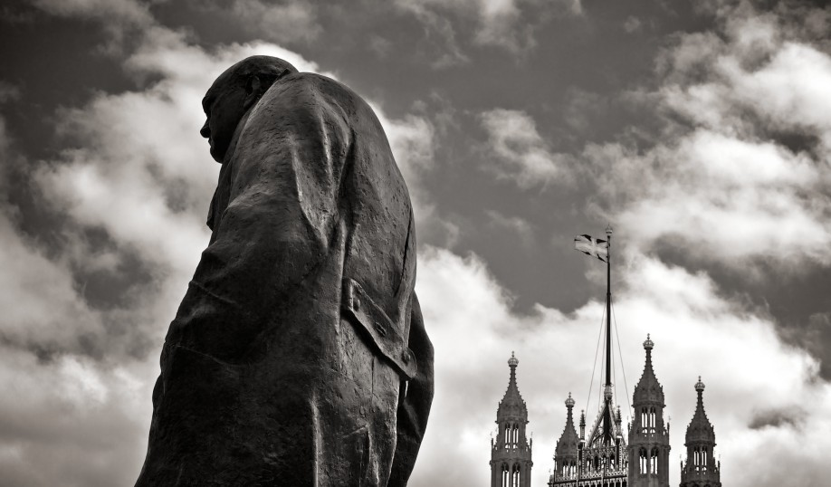 churchill statue black and white