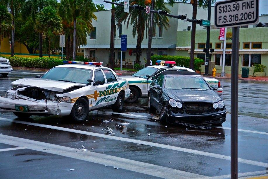 police miami car crash