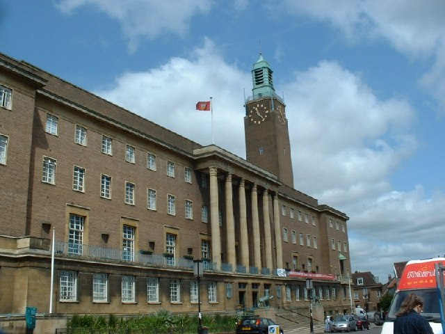 norwich city hall   geograph org  uk   24665.